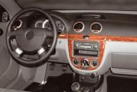 Decor interiéru Chevrolet Lacetti -- od roku výroby 3/2004- (pro modely s manuální klimatizací nebo bez klimatizace) umístění palubní deska - 9 dílů